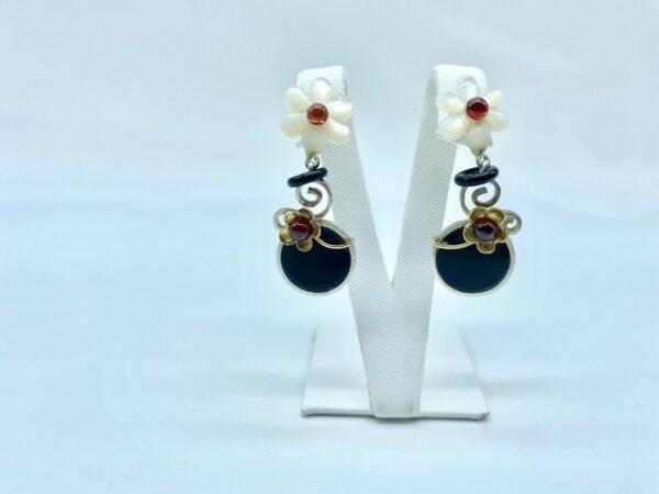 orecchini fiore bianco 2